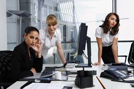 девушки на работе фото