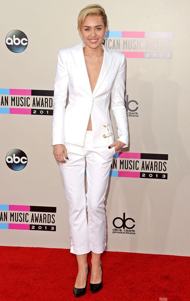 Лучшие наряды American Music Awards 2013