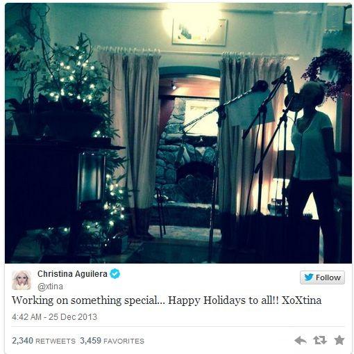 Селена Гомес с сестрёнкой, а Тэйлор Свифт в пижаме - как звёзды встретили Рождество