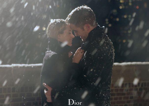 Dior показал зимние фотографии рекламы с Робертом Паттинсоном