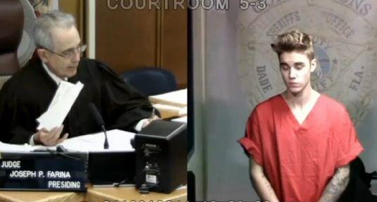 Джастин Бибер отправится в суд в День святого Валентина