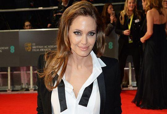 Анджелина Джоли попала в список самых высокооплачиваемых звёзд Голливуда