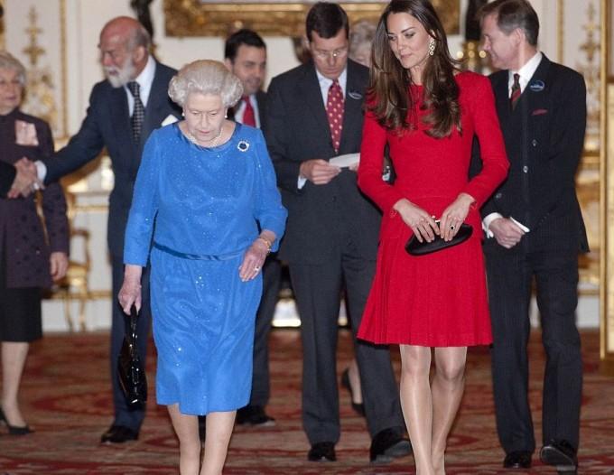 Кейт Миддлтон и королева устроили приём для актёров