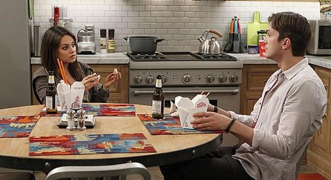 Мила Кунис и Эштон Катчер вместе снялись в сериале Два с половиной человека