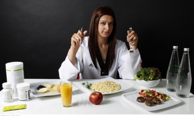 Как похудеть при помощи тренировок и диет