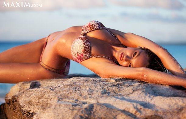Кэндис Свейнпол названа самой сексуальной девушкой журнала Maxim