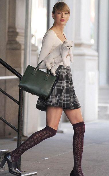 Журнал People назвал Тэйлор Свифт самой стильной знаменитостью
