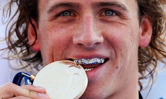 Спорт разрушает зубы