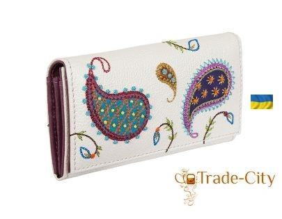 Дарим сумочку, кошелёк или косметичку
