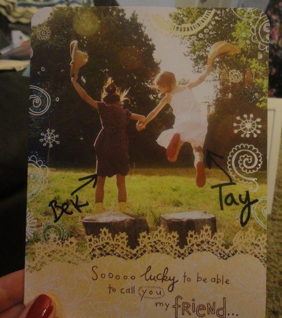 Тэйлор Свифт прислала фанатке подарок и оплатила её обучение