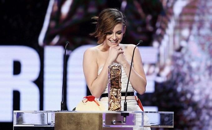 Кристен Стюарт получила премию Сезар