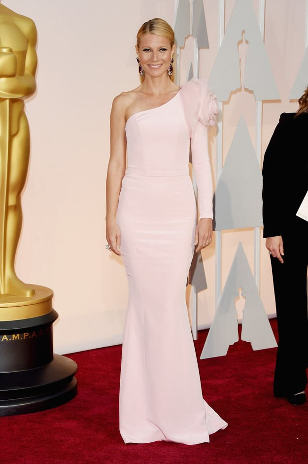 Худшие наряды Оскара 2015