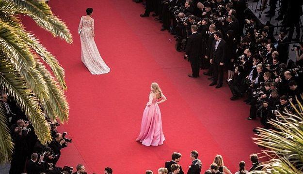На Каннский кинофестиваль не пускают без каблуков