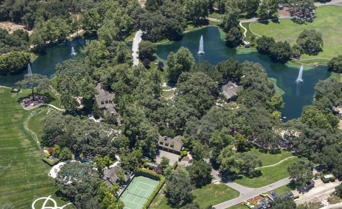 Ранчо Neverland Майкла Джексона выставлено на продажу