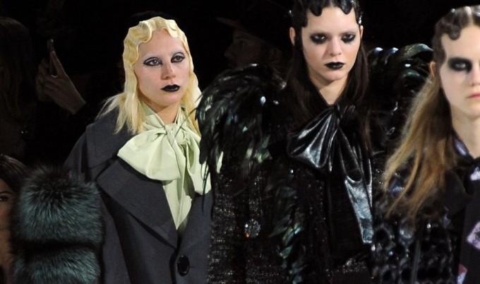 Леди Гага вышла на подиум