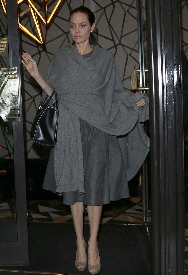 Анджелина Джоли встретилась за ужином с британским политиком