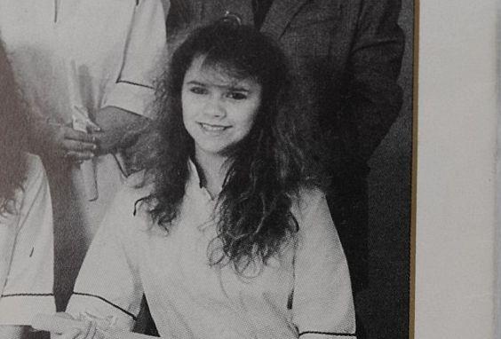 Виктория Бекхэм показала фото из детства