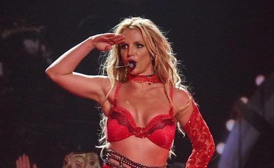Бритни Спирс выпустит новый альбом в конце августа