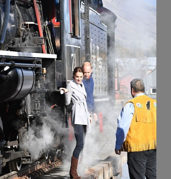 Принц Уильям и Кейт Миддлтон посетили Юкон