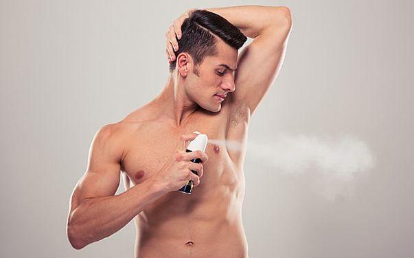 Запах дезодоранта делает мужчину более привлекательным
