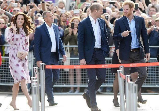 Принц Уильям Кейт Миддлтон и принц Гарри отметили День психического здоровья
