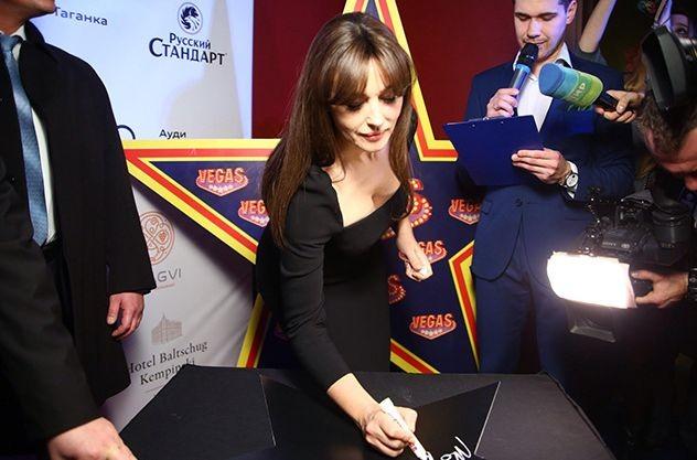 Моника Белуччи на премьере в Москве
