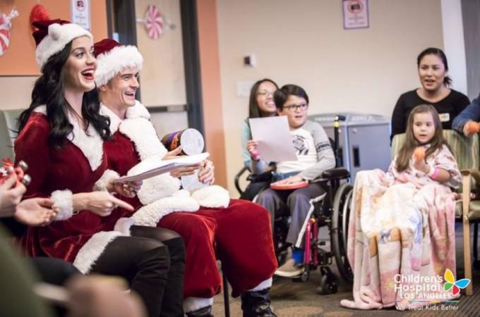 Кэти Перри иОрландо Блум устроили рождественский праздник в клинике