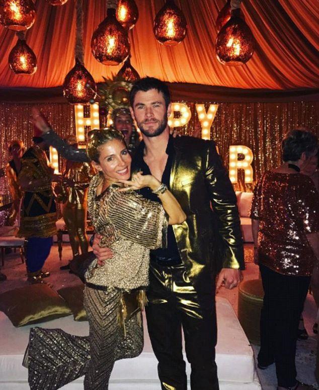 Как знаменитости отпраздновали Новый Год