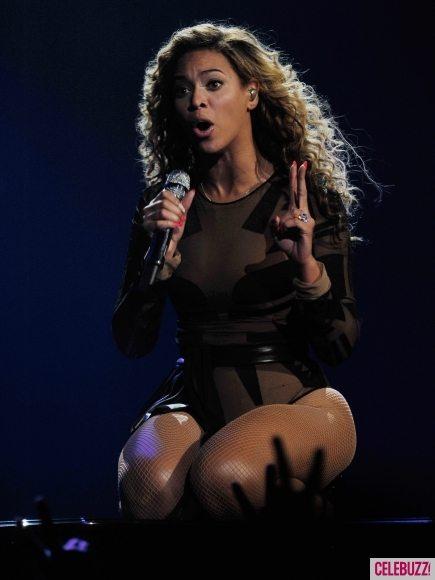 Бейонсе впервые выступила на сцене после рождения ребёнка