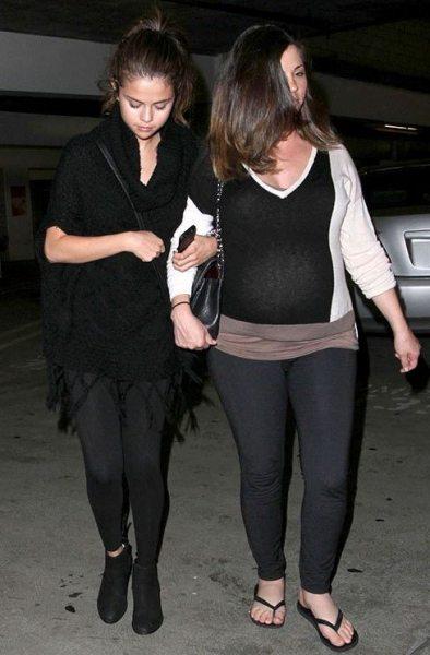Селена Гомес с мамой сходили в кино