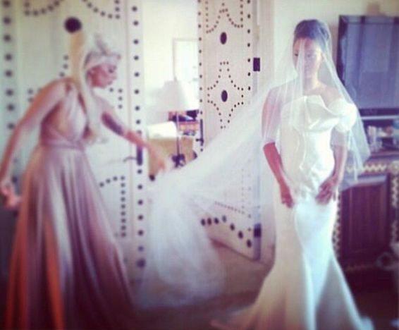 Леди Гага стала подружкой невесты