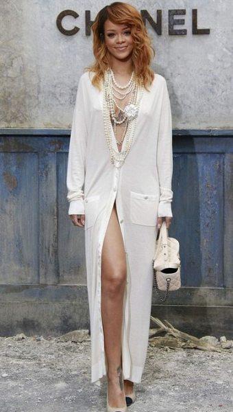 Знаменитости на парижской Неделе моды