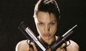 Анджелина Джоли и Брэд Питт боятся русских грабителей