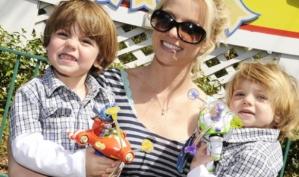 Бритни Спирс советует беременной Бейонсе наслаждаться жизнью