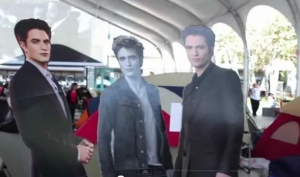 Фанаты Сумерек живут в палатках в ожидании премьеры