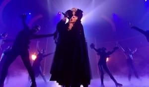Леди Гага без головы спела на британском X Factor