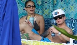 Дженнифер Лопес с новым молодым человеком на Гаваях
