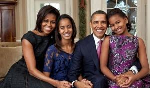 Почему Барак Обама не позволяет дочками регистрироваться в Фейсбуке