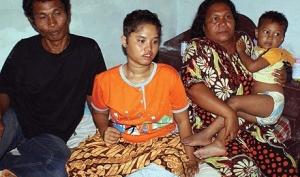Девушка, пропавшая в 2004 году во время цунами, найдена живой в Индонезии