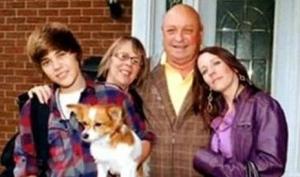 Дедушка и бабушка Джастина Бибера попали в аварию