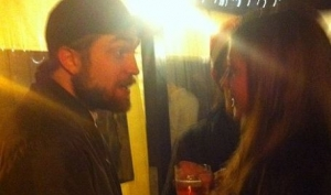 Роберт Паттинсон встретил Рождество с бывшей девушкой своего друга