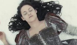 Шарлиз Терон: Кристен Стюарт - удивительная актриса