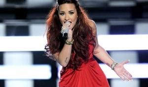 Деми Ловато спела на People's Choice Awards 2012