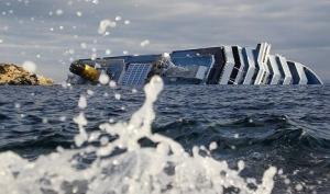 Коста Конкордия тонула под песню из Титаника