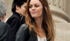 Ванесса Паради опровергает слухи о расставании с Джонни Деппом