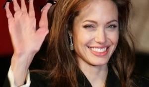 Правая нога Анджелины Джоли стала знаменитой