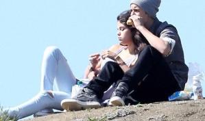 Джастин Бибер и Селена Гомес на пикнике в Лос-Анджелесе