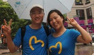 Одинаковые футболки - новый тренд из Китая