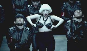 Джорджио Армани и Леди Гага заключили многомиллионный контракт