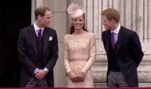 Шляпки Кейт Миддлтон и консервативная одежда завоевали мир